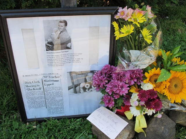 Tribute To Dick Clark On Dogwood Lane