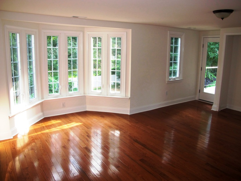 Master Bedroom With Window Alcove