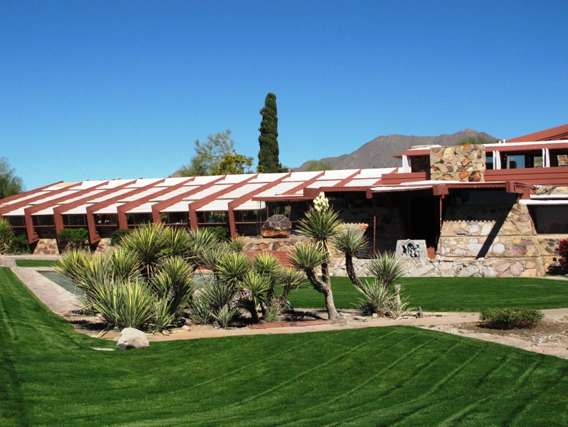 Design Studio - Home To The Frank Lloyd Wright School Of Architecture