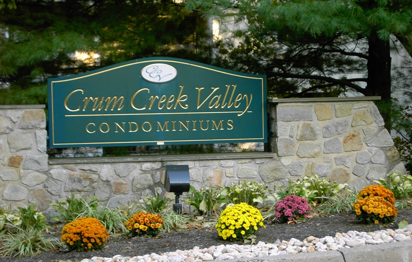Crum Creek Valley Main Entrance From Avondale Road