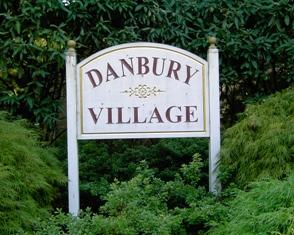 Wallingford PA Real Estate - Wallingford PA - Danbury Village Condominiums Sign