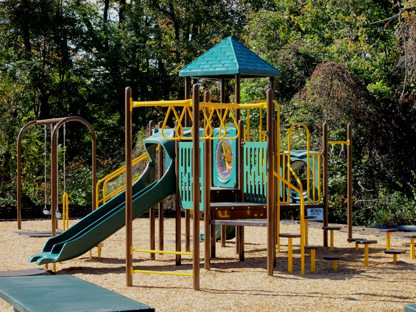 New Playground At Bullens Lane Park - Bullens Lane And Westminster Drive