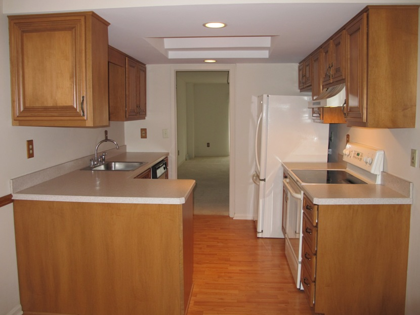 wallingford-pa-real-estate-wallingford-pa-1116-putnam-blvd-weston-village-townhouse-kitchen-from-breakfast-nook