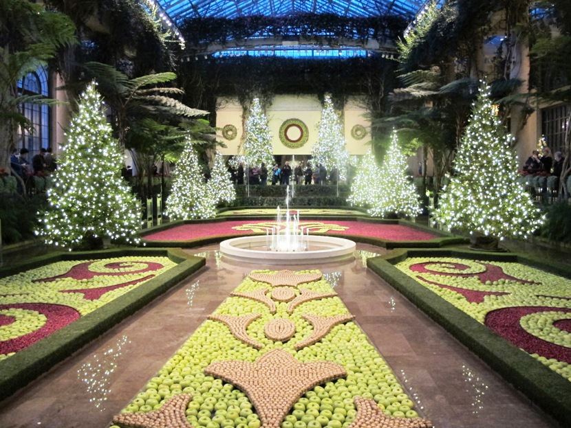 The exhibition hall evokes a french parterre garden for Longwood gardens christmas 2017